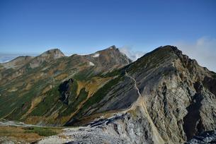 杓子岳と白馬岳と旭岳の写真素材 [FYI02935356]