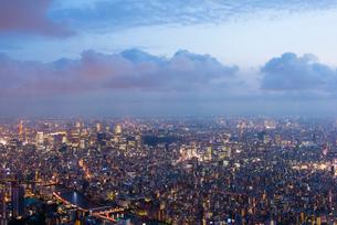 東京都心夜景の写真素材 [FYI02935647]