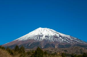 富士山と青空の写真素材 [FYI02935648]