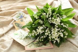 スズランの花束の写真素材 [FYI02935696]