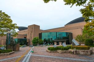 福岡市総合図書館(全体)の写真素材 [FYI02935853]