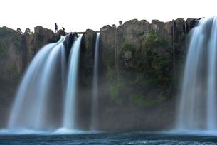 原尻の滝 スローシャッターの写真素材 [FYI02936040]