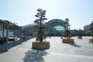 讃岐高松うどん駅前の写真素材 [FYI02936747]