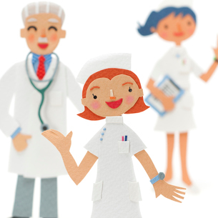 看護師と医者のクラフトの写真素材 [FYI02937096]
