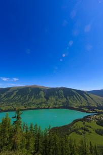 カナス自然保護景観区 カナス湖の写真素材 [FYI02938778]