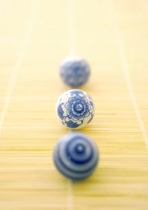 簾と浮き玉の和風イメージの写真素材 [FYI02939109]