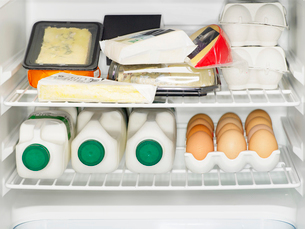 Dairy products in fridgeの写真素材 [FYI02939349]