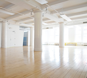 Empty Office Spaceの写真素材 [FYI02942017]