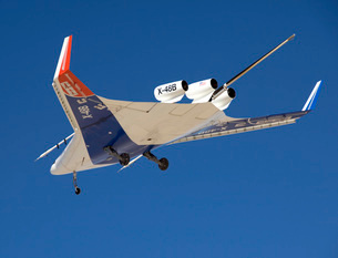 The Blended Wing Body X-48B soars through the sky.の写真素材 [FYI02942183]