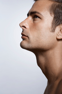 Portrait of mid adult manの写真素材 [FYI02942767]