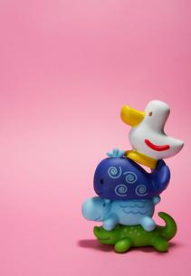 Stack of Plastic Toy Animalsの写真素材 [FYI02943284]