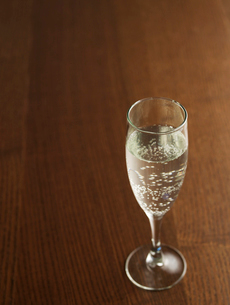 Glass of Champagneの写真素材 [FYI02943837]