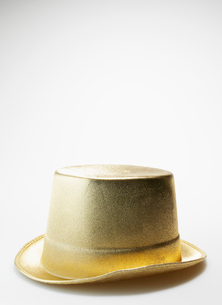 Single Golden Top Hatの写真素材 [FYI02943905]