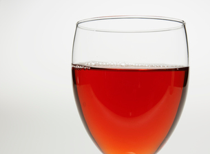 Close-Up of Glass of Red Wineの写真素材 [FYI02944045]