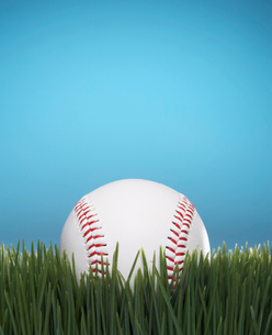Baseball on Grassの写真素材 [FYI02944830]