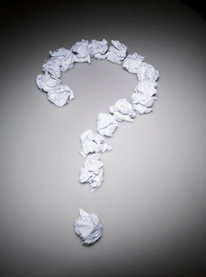 Question Mark Made of Paper Ballsの写真素材 [FYI02945701]