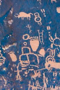 Petroglyphs, Newspaper Rock State Park, Monticello, Utahの写真素材 [FYI02946161]