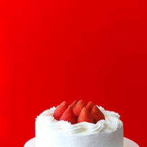 イチゴのケーキの写真素材 [FYI02946204]
