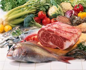 魚介と牛肉の写真素材 [FYI02946565]