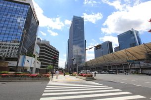 東京駅八重洲口前の写真素材 [FYI02946846]