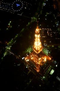 東京タワーの空撮の写真素材 [FYI02946936]