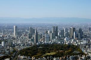 新宿御苑前周辺の空撮の写真素材 [FYI02948371]