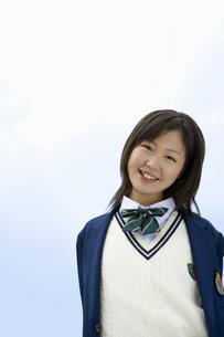 笑顔の女子高生の写真素材 [FYI02948539]