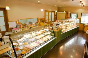 ケーキ屋さんの店内イメージの写真素材 [FYI02949613]