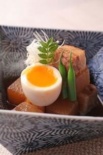 豚の角煮の写真素材 [FYI02951239]