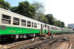 環状線の気動車 ヤンゴンの写真素材 [FYI02957822]