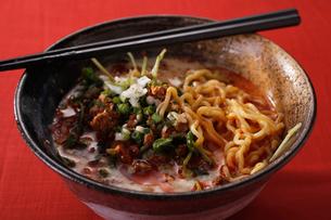 ピリ辛担々麺の写真素材 [FYI02957963]