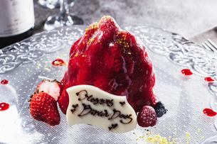 苺のケーキの写真素材 [FYI02957985]