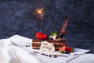 バースデーケーキの写真素材 [FYI02958005]