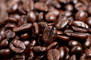 コーヒー豆 イタリアンローストの写真素材 [FYI02958129]