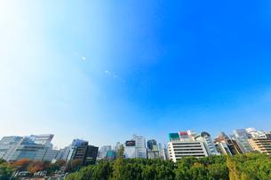 オアシス21より名古屋駅方向の街並みの写真素材 [FYI02958586]