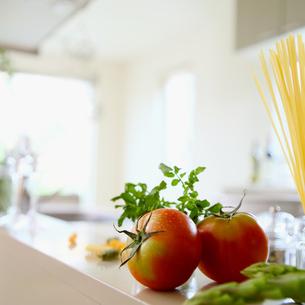 キッチンと野菜の写真素材 [FYI02959022]