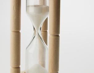 Close-Up of Hourglassの写真素材 [FYI02961002]