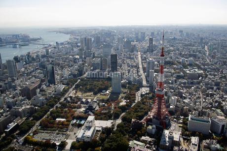 東京タワー周辺の空撮の写真素材 [FYI02961445]