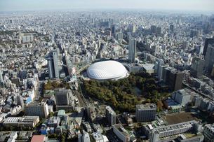 東京ドームシティ周辺の空撮の写真素材 [FYI02961773]