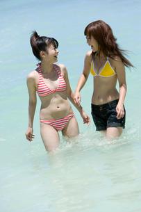 水着の女性の写真素材 [FYI02964024]