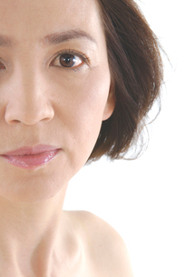 40代日本人女性のビューティーイメージの写真素材 [FYI02966320]