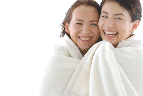 母と娘のビューティーイメージの写真素材 [FYI02966575]