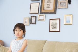 女の子のポートレートの写真素材 [FYI02967658]