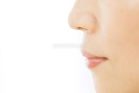 女性の口元の写真素材 [FYI02968683]
