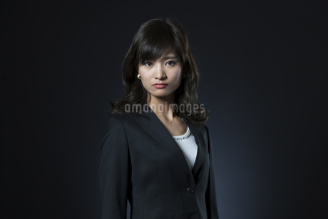ビジネス女性のポートレートの写真素材 [FYI02968811]