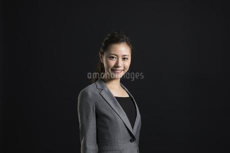 ビジネス女性のポートレートの写真素材 [FYI02968880]