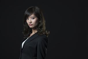 ビジネス女性のポートレートの写真素材 [FYI02973289]
