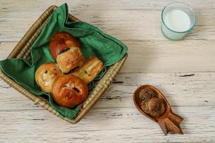 いろいろな調理パンの写真素材 [FYI02974287]