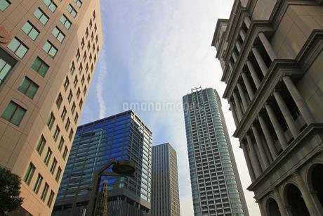 東京の様々なデザインのビルの写真素材 [FYI02974523]
