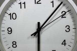 シンプルな時計のイメージの写真素材 [FYI02976672]